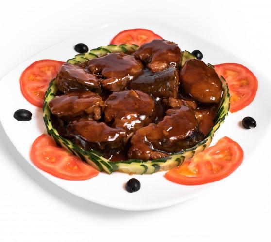 56 Скумбрія тушкована в соєво-устричному соусі