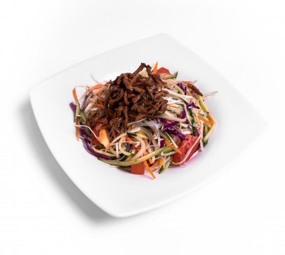 2 Салат з крохмальною локшиною, овочами та м'ясом