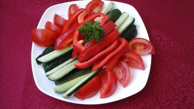 35 Свіжі овочі